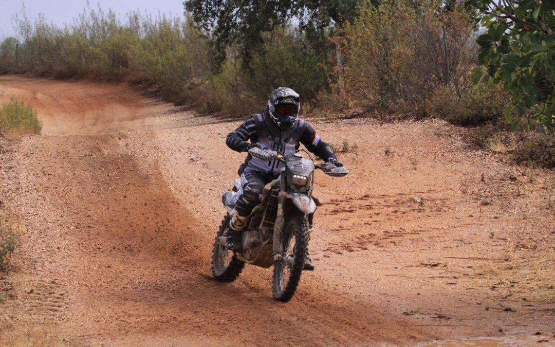 Armindo Neves alcança pódio em TT3 na Baja TT do Pinhal